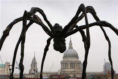 [Image: giant-spider.jpg]
